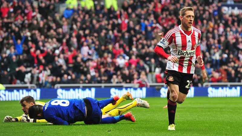 Emanuele Giaccherini celebrates after putting Sunderland 3-0 up against Cardiff.