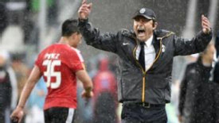 Antonio Conte rain woe Juventus vs BEnfica