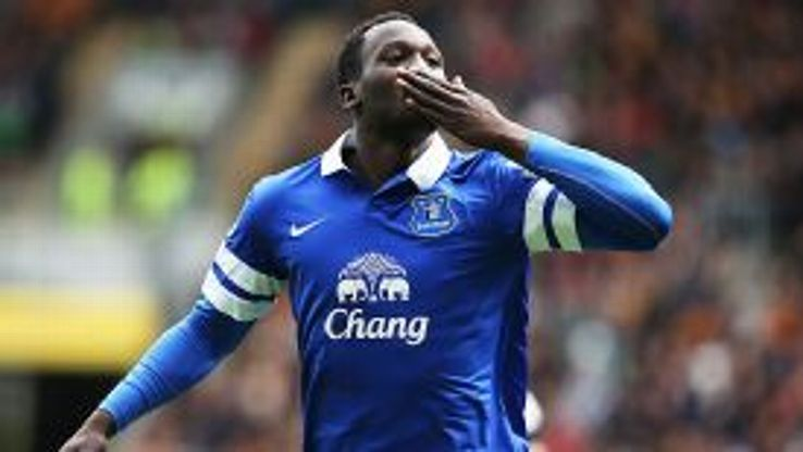 Romelu Lukaku celebrates after scoring Everton's second at Hull.