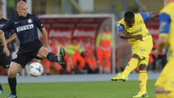 Chievo dealt Inter Milan their eight defeat of the season on the final day.