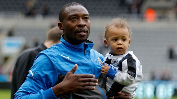 Shola Ameobi acknowledges the supporters after his final home match for Newcastle.