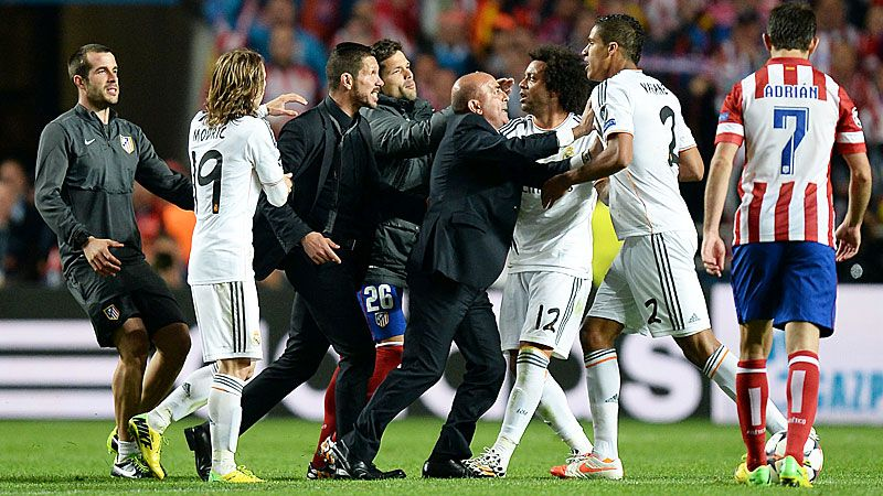 Diego Simeone and Raphael Varane clash, leading to the Atleti boss being sent to the stands.