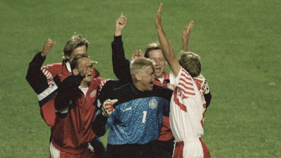 Denmark celebrate their success against Netherlands at Euro 92.