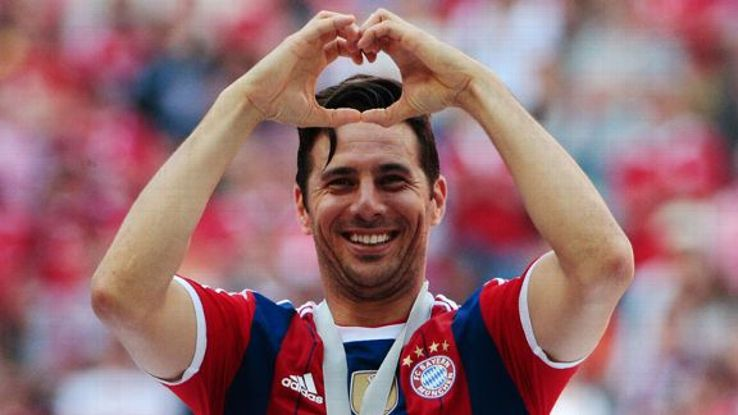 Claudio Pizarro helped Bayern to success in the Bundesliga and DFB-Pokal this season.