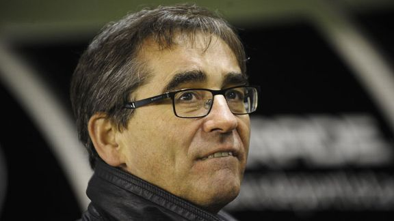 Deportivo coach Fernando Vazquez secured promotion at the first attempt.