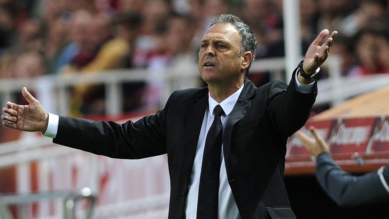 Granada's coach Joaquin Caparros