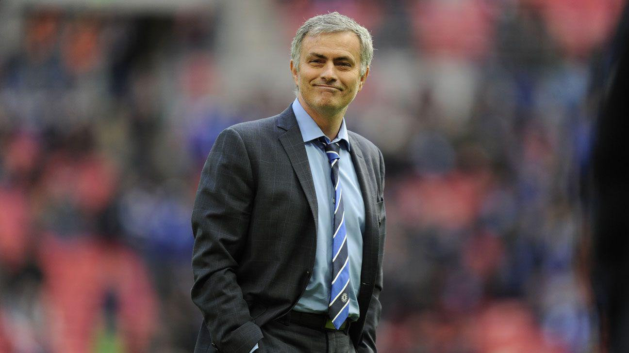 Jose Mourinho smile Chelsea Tottenham