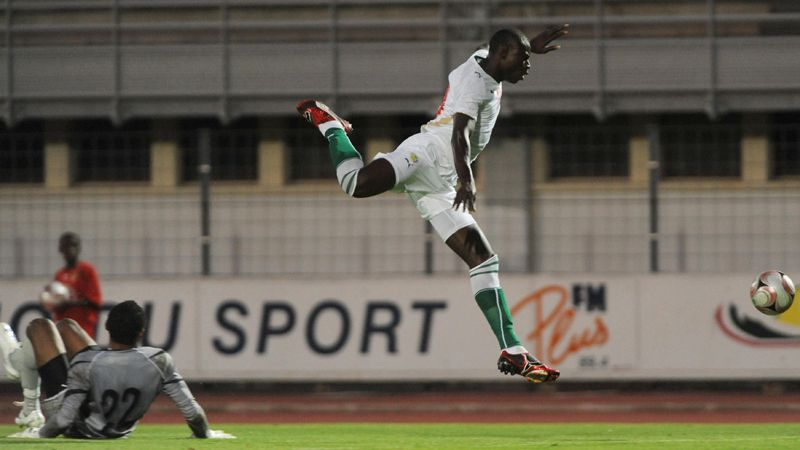 Ousmane N'Doye, seen here in action with Senegal in 2009, has spearheaded Targu Mures' incredible title chase this season.