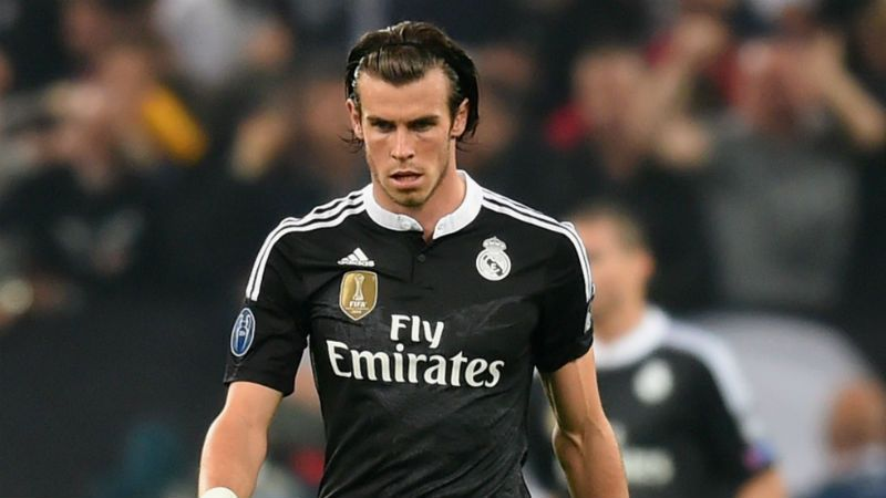 TURIN, ENGLAND - MAY 05: Gareth Bale of Real Madrid CF looks dejected as Alvaro Morata of Juventus scores their first goal during the UEFA Champions League semi final first leg match between Juventus and Real Madrid CF at Juventus Arena on May 5, 2015 in