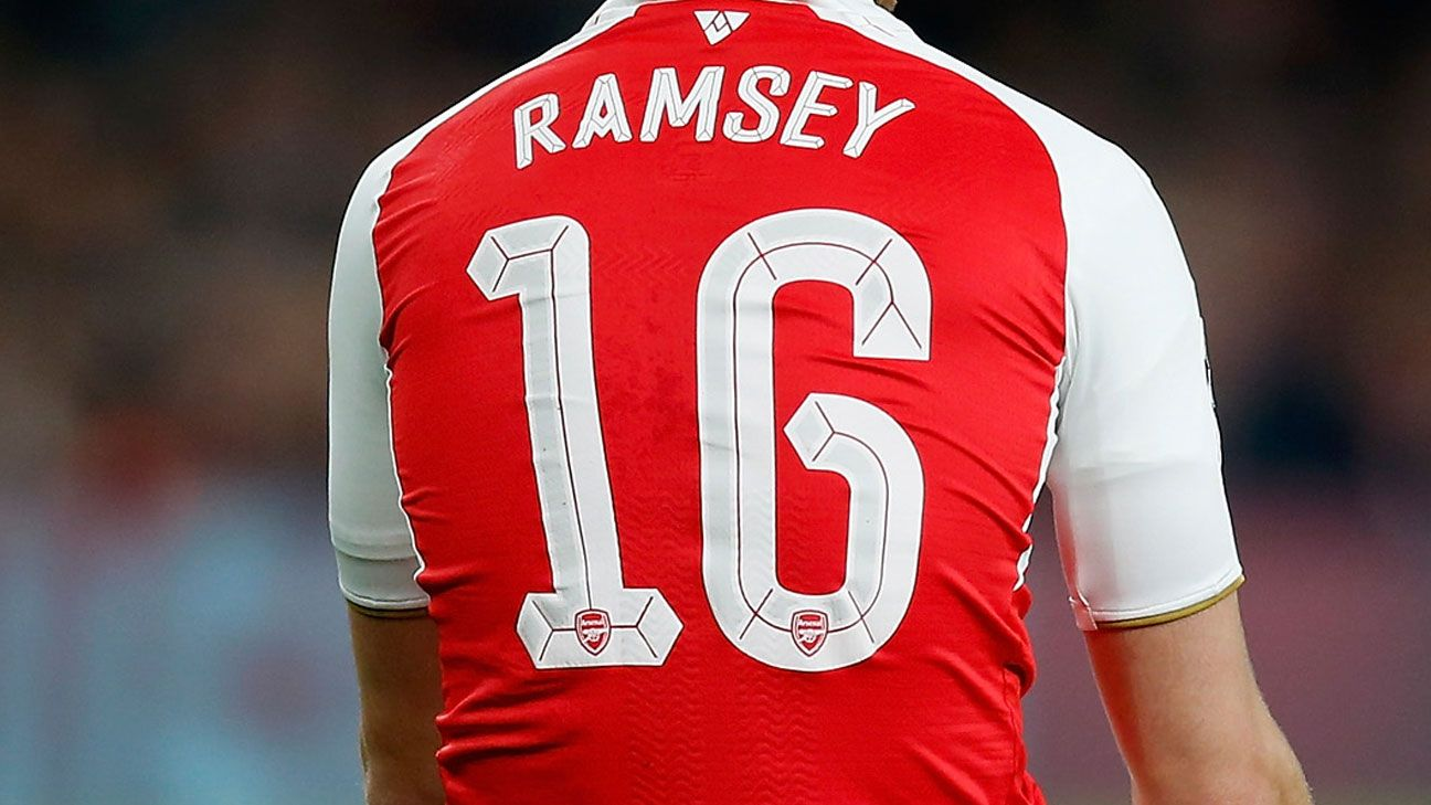 Aaron Ramsey Arsenal shirt back
