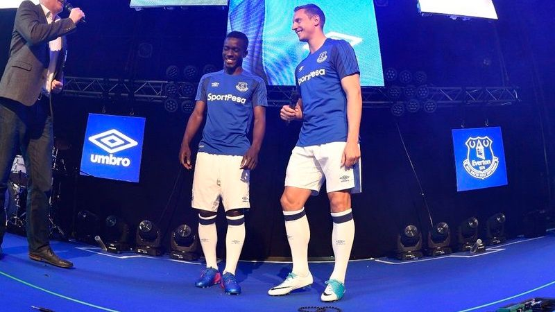 Everton 2017-18 home kit