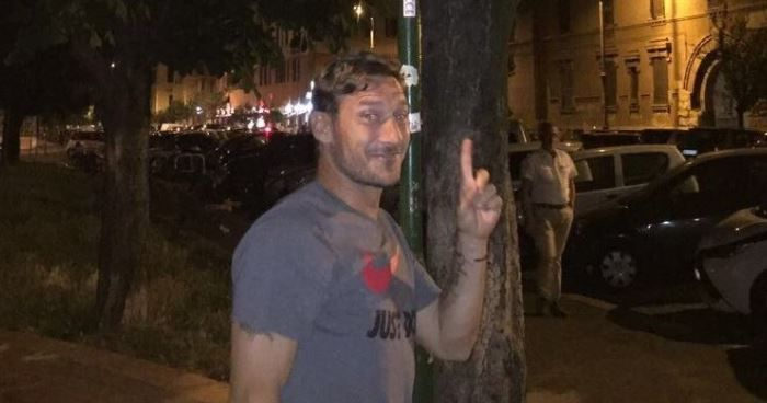 Francesco Totti street sign
