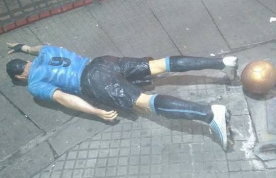 A statue of Luis Suarez in Salto, Uruguay was vandalised