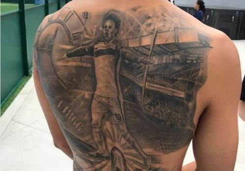 Leroy Sane's finished tattoo of himself across his back