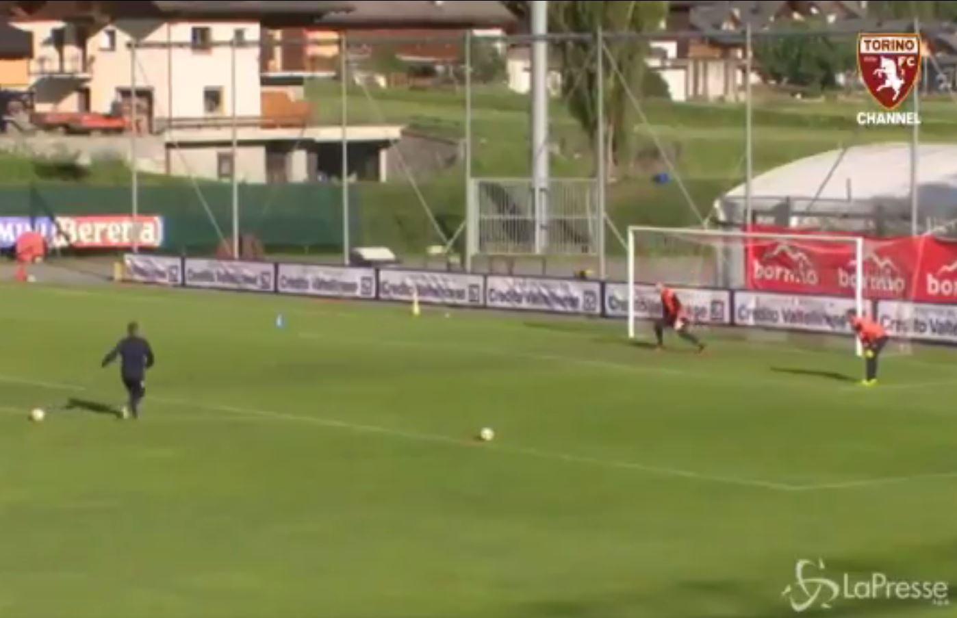 Sinisa Mihajlovic gives Torino team free kick masterclass