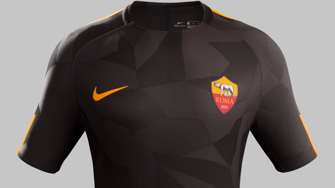 AS Roma third kit 2017-18