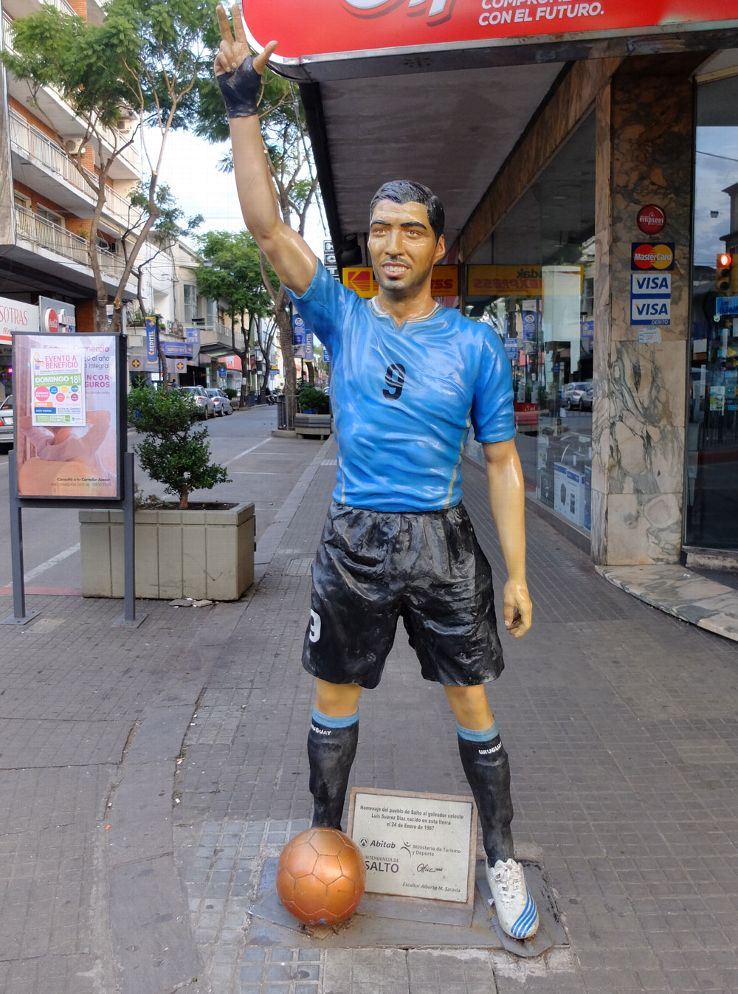 Luis Suarez's statue stands in his hometown.