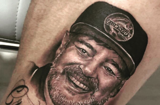 The Maradona tattoo in all its glory.