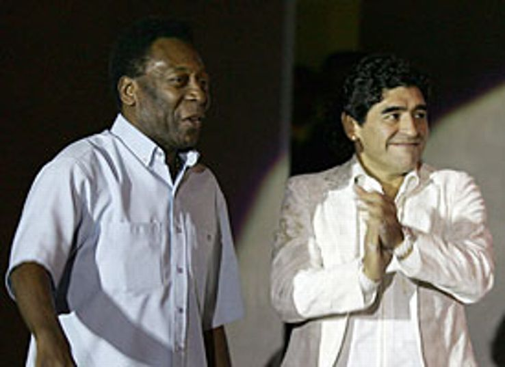 Maradona and Pelé in 2005: Rarely seen together.