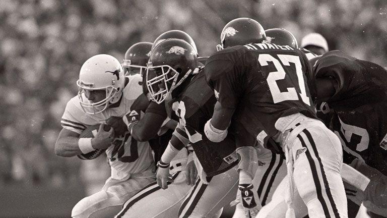 Texas Longhorns vs. Arkansas Razorbacks (Football) (re-air)