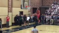 9th grader channels Zach LaVine for the slam