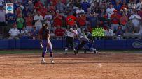 Walk-off pinch-hit homer sends Georgia to Women's College World Series
