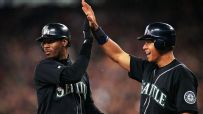 Griffey: 'It is what it is' with A-Rod's accomplishments