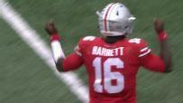 J.T. Barrett throws 4 first-half TDs