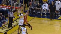 Texas' Allen throws down dunk of the year candidate in loss