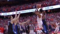 Gillion clutch, lifting Cuse past Duke at buzzer
