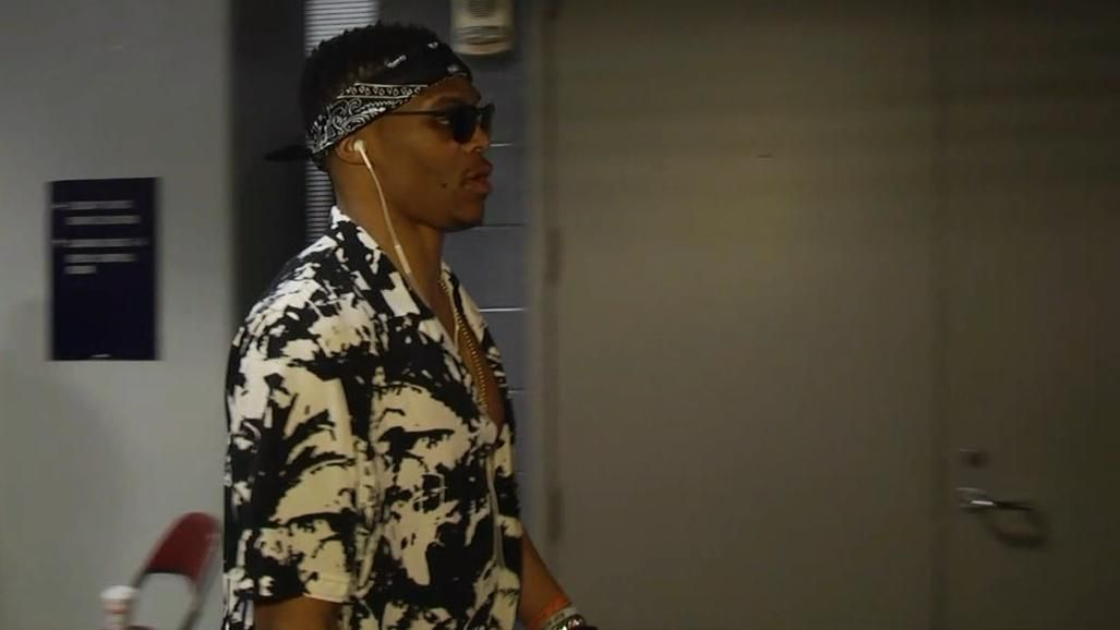 Westbrook Looking Chilled Out For Game 2 Espn Video