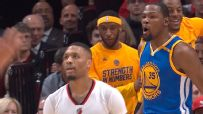 Warriors dominate first quarter in win