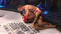 MacDonald wins Bellator debut via submission
