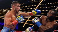 Lomachenko frustrates Rigondeaux, wins by TKO