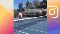 Trick-shot artist nails tennis boomerang