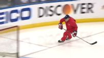 Capitals coach skates 'hot lap' before Game 7
