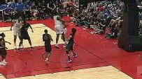 Zion brings crowd to its feet