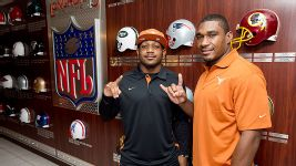 Nike jerseys for sale - Texas Longhorns Quandre Diggs embraces brother Quentin Jammer ...