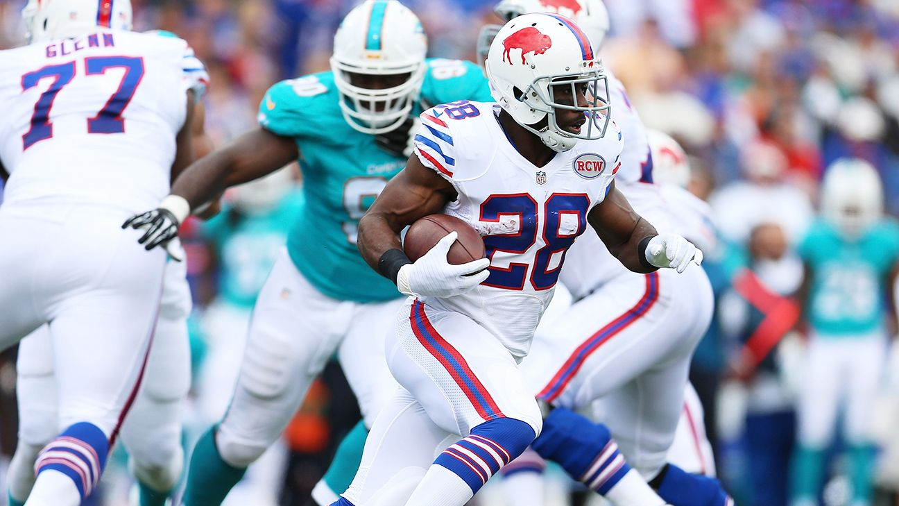 Spiller, New Orleans Saints agree to contract