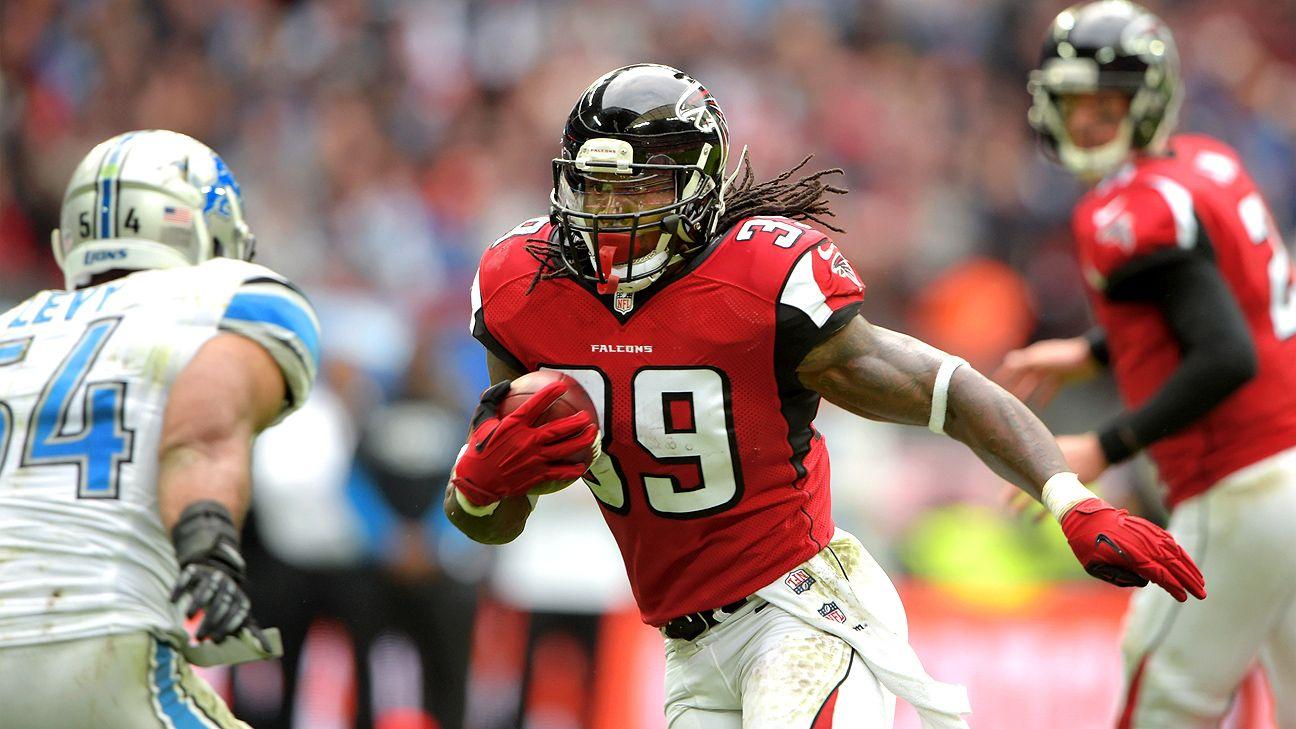 Falcons release RB Steven Jackson