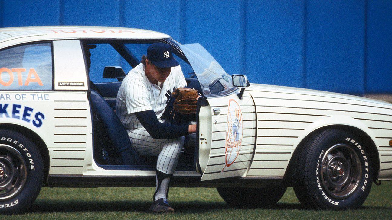 MLB - Should MLB bring back bullpen carts?