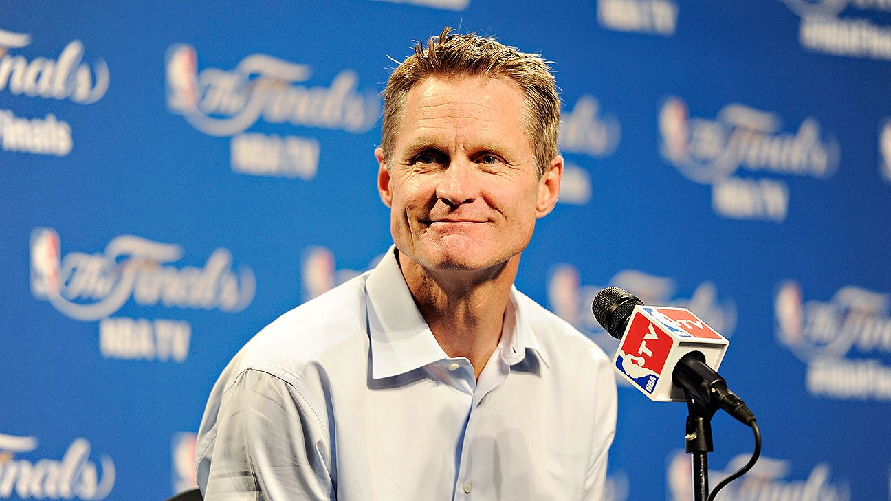 Steve Kerr admits to lying before Game 4 about starting Andrew Bogut