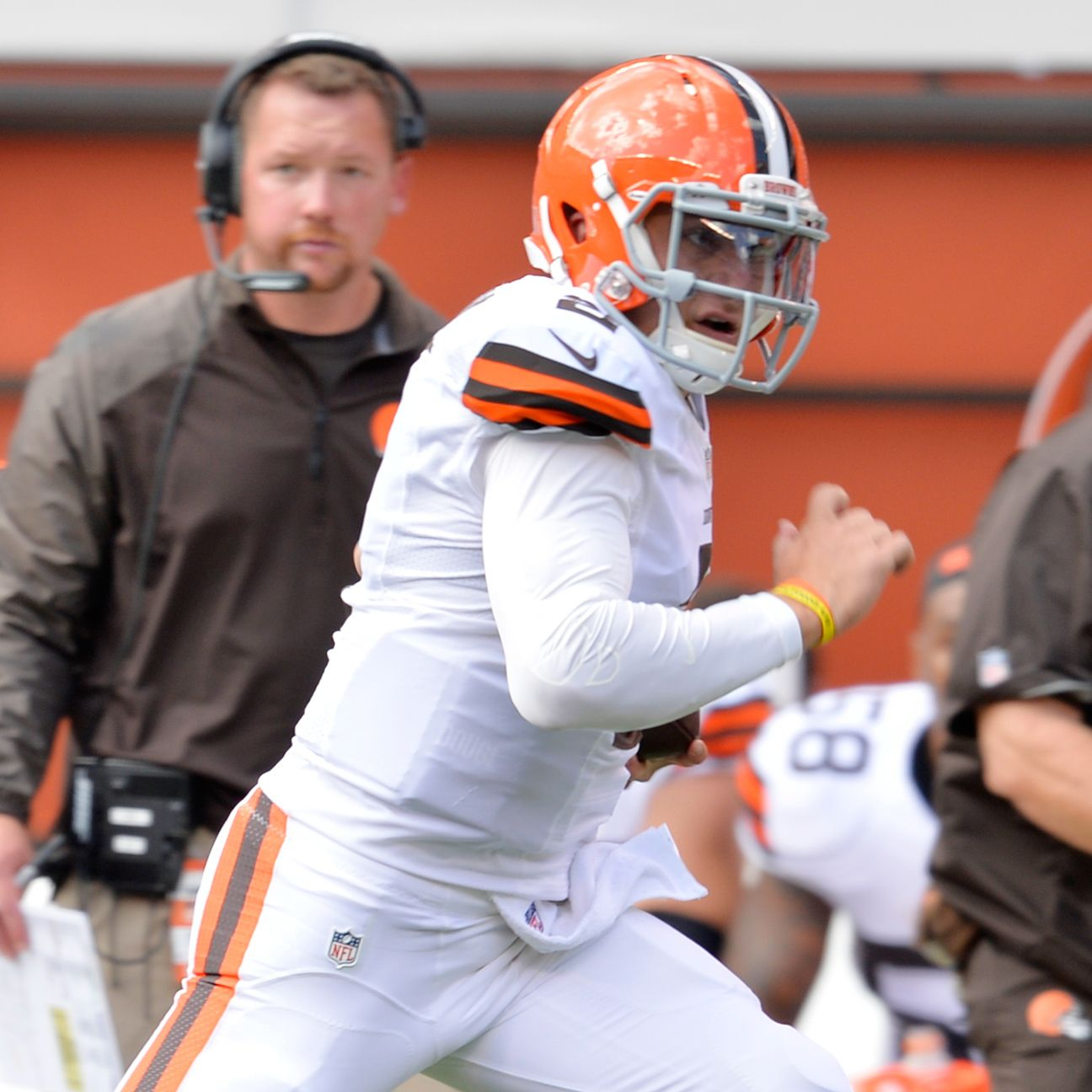 johnny manziel of cleveland browns does not do money sign
