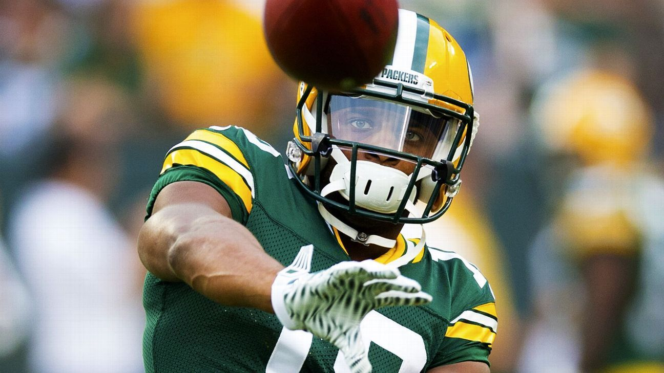 After scare, Packers say WR Randall Cobb avoided major injury