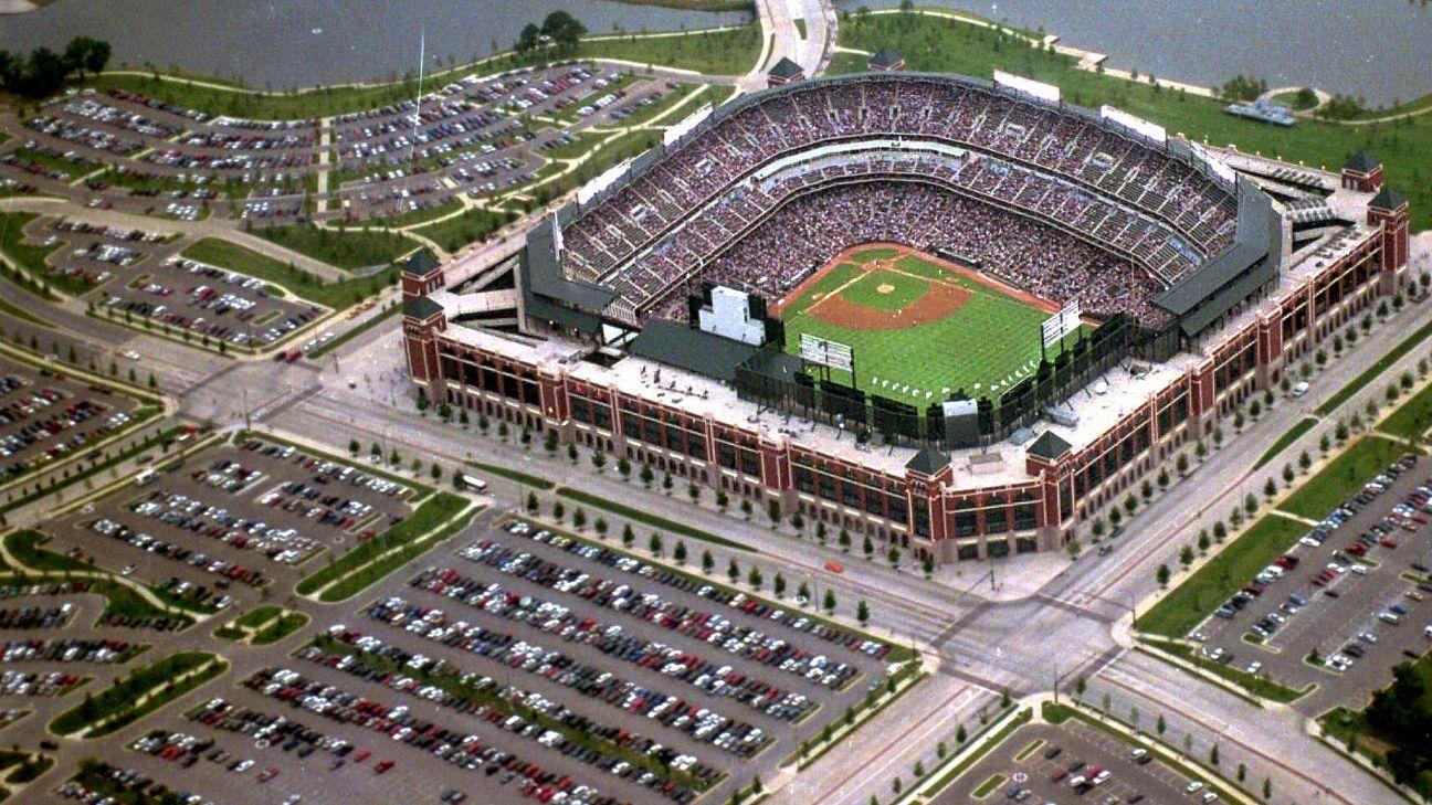 Texas rangers plan to build 1 billion stadium with retractable roof