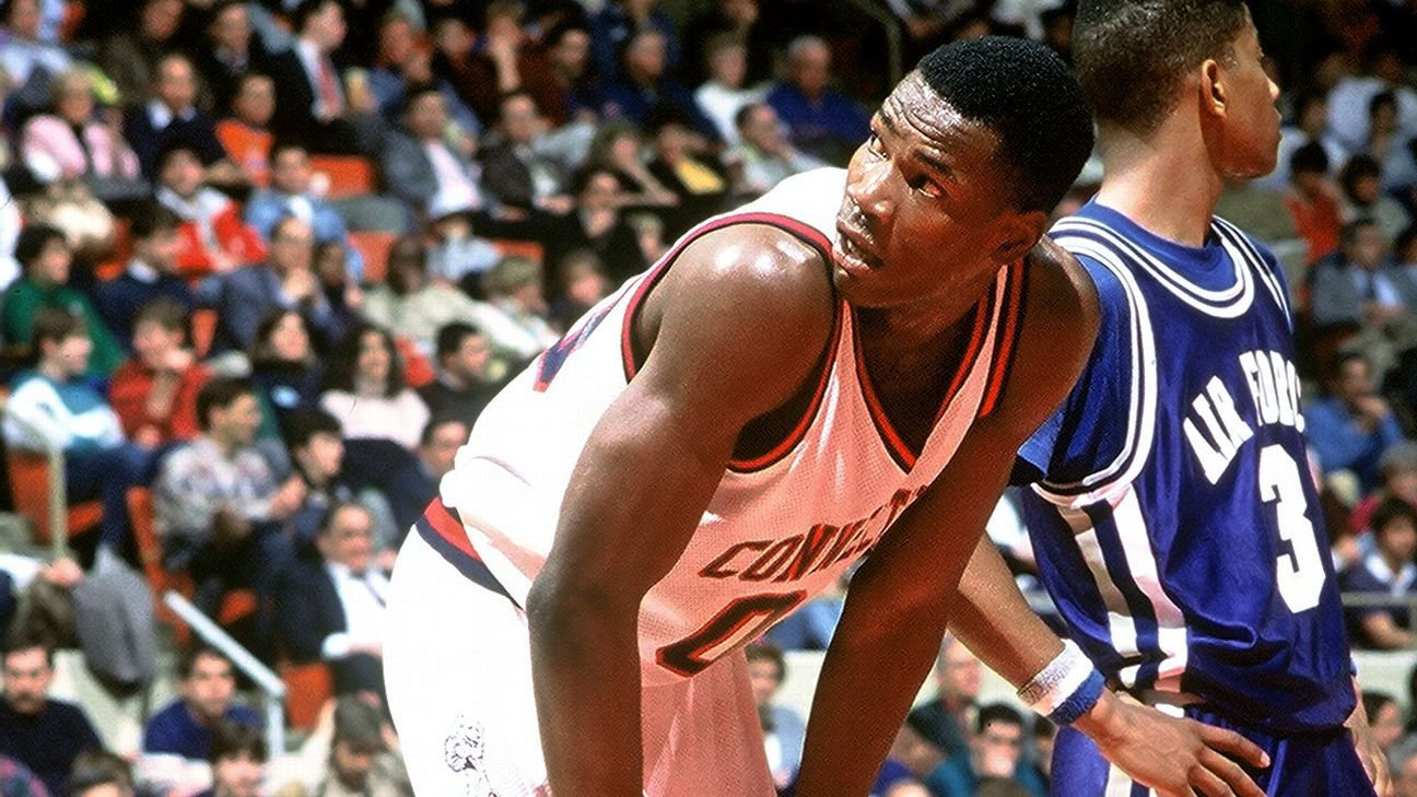 Cliff Robinson to open business called Uncle Spliffy