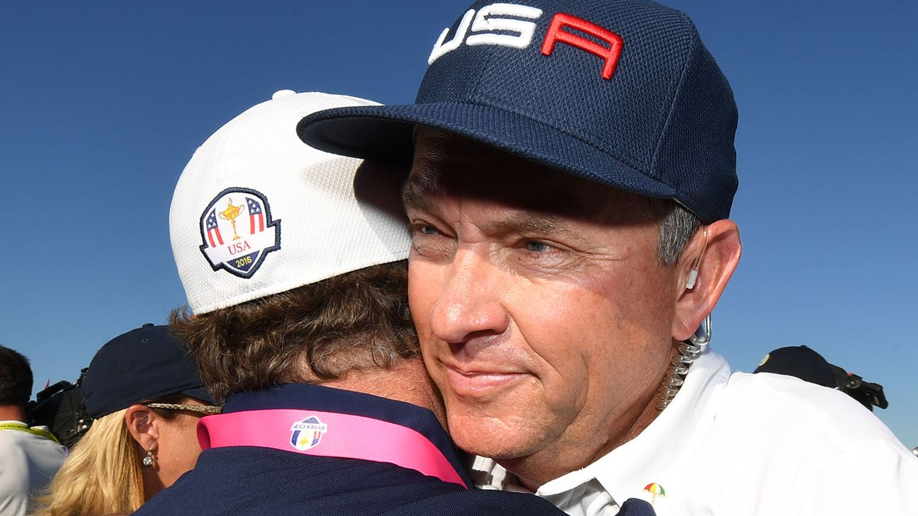 Ryder Cup 2016 Davis Love Iii Strikes Perfect Balance In