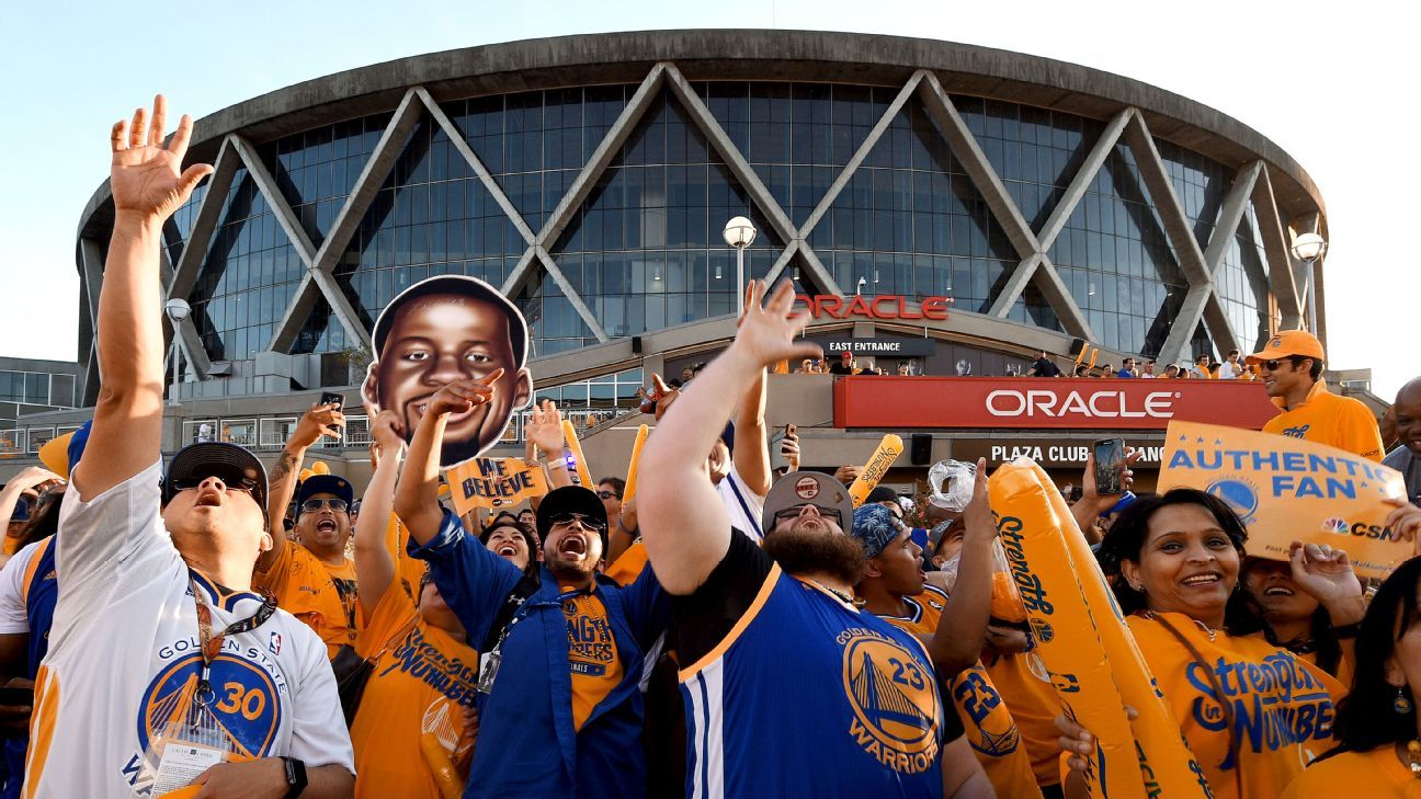 Warriors want another Oakland title before move
