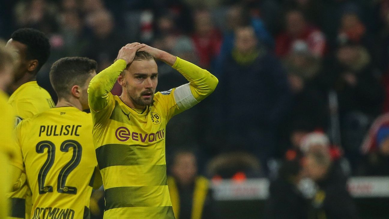 marcel schmelzer defence let roman burki dortmund down vs bayern. Black Bedroom Furniture Sets. Home Design Ideas