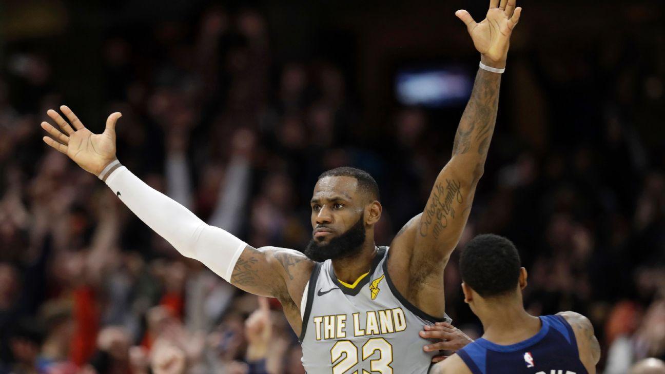 NBA -- LeBron James' buzzer-beater saves Cleveland Cavaliers